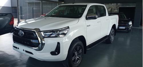 Toyota Hilux  4x2 D/c Srv 2.8 Tdi 6a/t