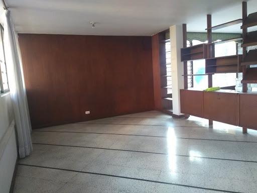 Apartamento En Arriendo Estadio 447-9382