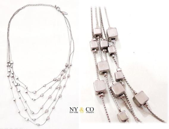 Collar En Cubos Plateado (new York & Company)