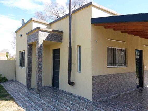 Casa Moderna Y Funcional Lomas Altas, 5 Cuadras De La Laguna