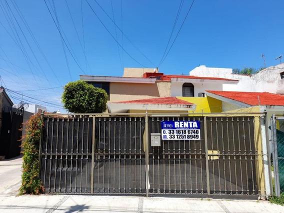 Casa En Renta En Ciudad Granja, Zapopan