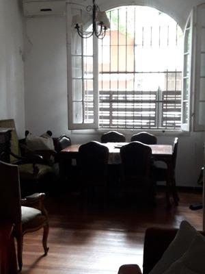 Casa En Venta En Pocitos, 3 Dormitorios, Excelente Estado