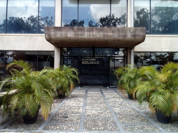 Oficina Centro Comercial Prof.av. Bolívar 56.40 M2