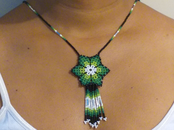 Collar Huichol De Chaquira