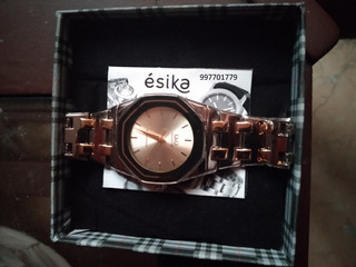 Reloj Quartz Q&q Acero Inoxidable Plateado Y Dorado By Esika