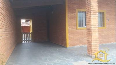 Casa No Bairro Flórida Em Peruíbe - Lcc-2325