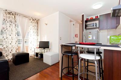Departamentos Amoblados 1 Y 2 Dormitorios Stgo Centro