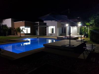 Alquiler Casa Vacacional Quinta Villa Melgar