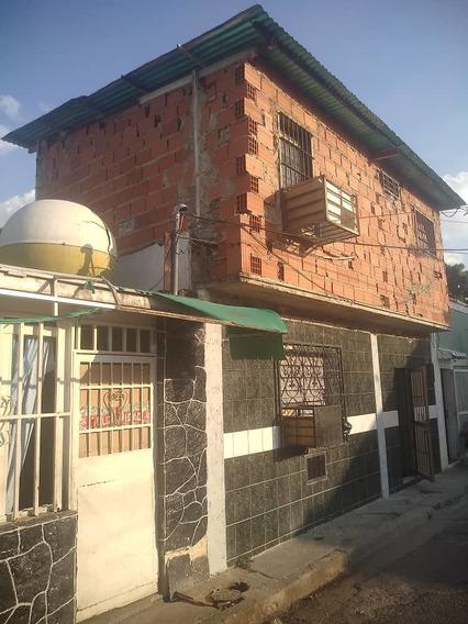 Venta De Casa Economica La Coromoto 04126835217