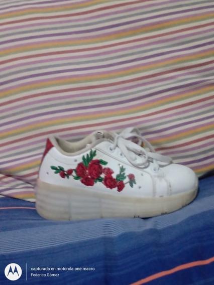 Zapatillas Footy Con Rueditas Y Luces
