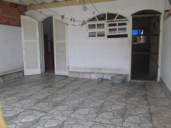 1687-casa Com 4 Dormitórios Em Avenida Principal!!!