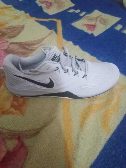 Zapatos Nike Talla 49.5 (15us)