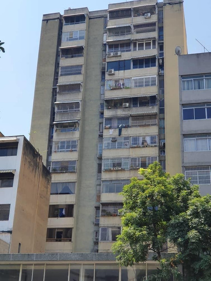 Apartamento En Chacao 04141147690
