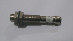 Sensor Balluff Indutivo 24vcc (bes 516-325-s4-c)