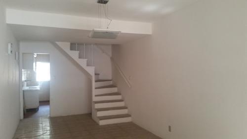 Imagem 1 de 15 de Casa - 2 Dormitorios - Venda - Santo Amaro - Reo300487