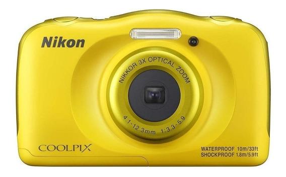 Nikon Coolpix W100 compacta amarelo