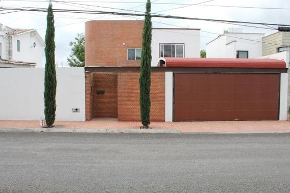Casa En Venta En Juriquilla, Queretaro, Rah-mx-20-790
