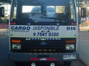 Ford Cargo 915. Grúa