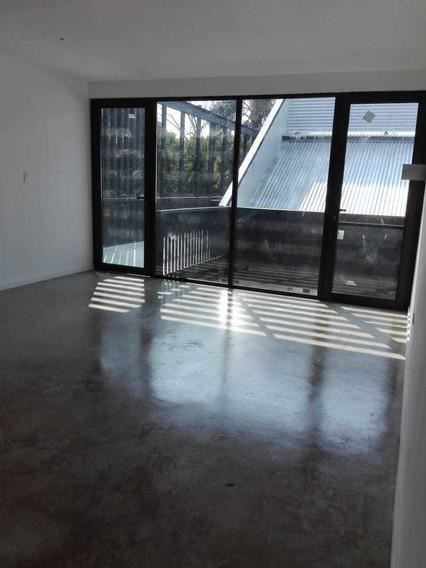 Oficina En Venta - Calle 13 C Entre Cantilo Y 473 Bis-35mts2