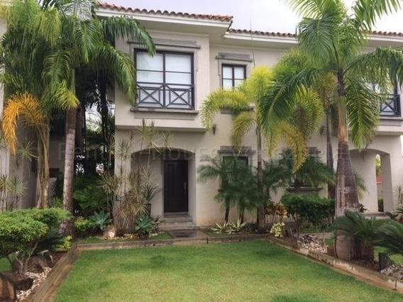 Casa En Venta Urb. Higuerote Mls #20-8815