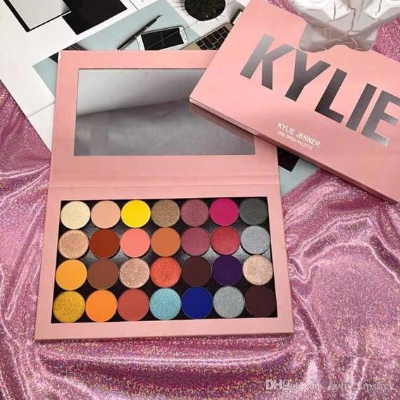 Paleta Kylie Jenner Imantada 28 Sombras