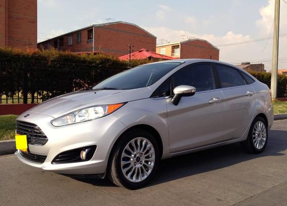 Se Permuta Ford Fiesta Titanium