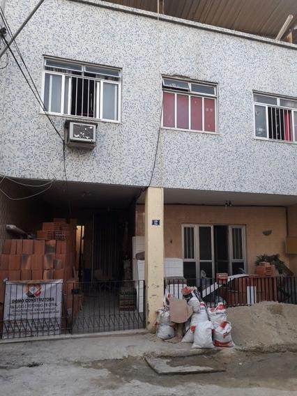 Casa 5 Quartos, 4 Banheiros, Garagem Coberta, Hidromassagem.