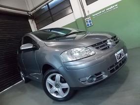 Volkswagen Fox Trendline / 5 Puertas / Muy Bueno / Permuto