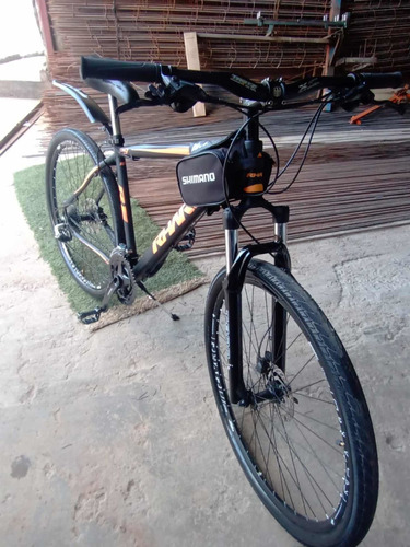 Bicicleta Rharu R1