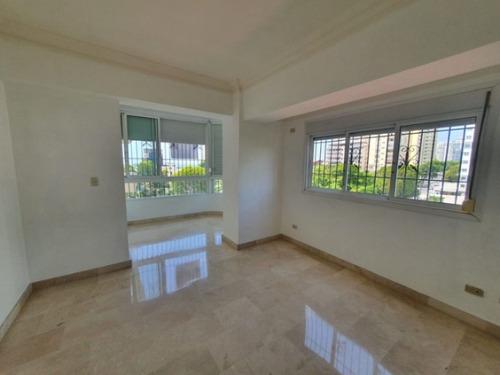 Apartamento En Alquiler Línea Blanca En La Esperilla
