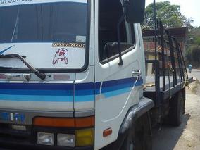 Camion Mitsibishi Fk 617& 6.200 Tiene Los Cauchos Liso