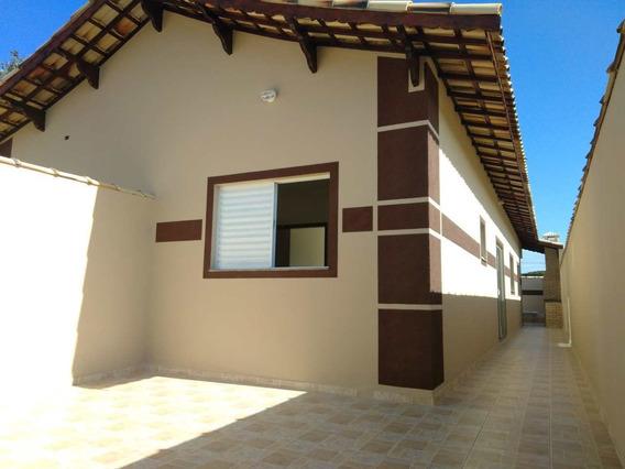 Casa C/ Piscina E Churrasqueira, A/c Financiar - V1037