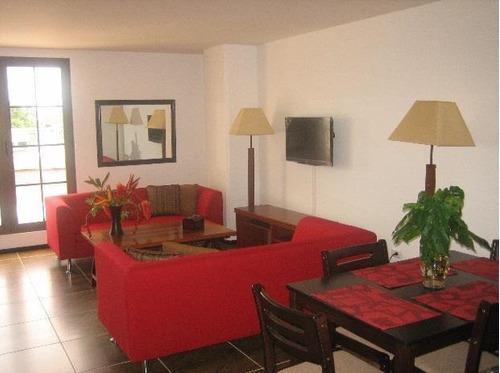 Imagen 1 de 6 de Apartamento Amoblado En Alquiler Zona 10