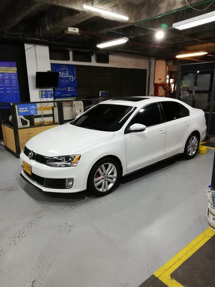 Volkswagen New Jetta Gli 2.0 Turbo