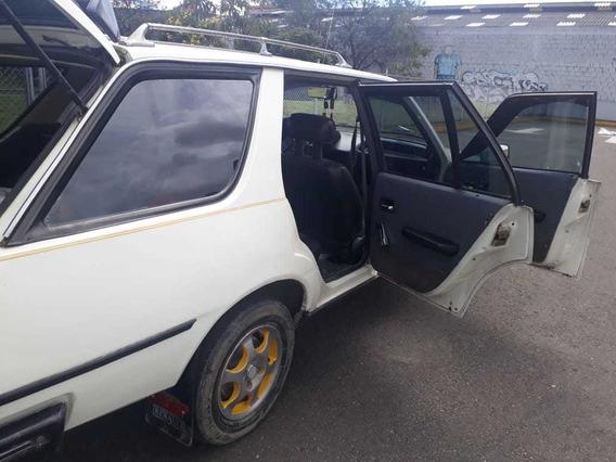 Camioneta Renault 18
