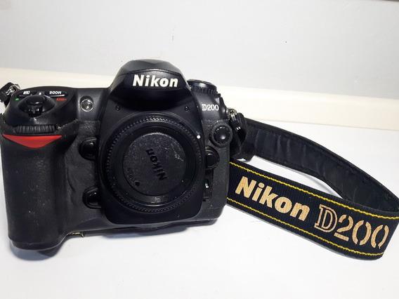 Câmera Nikon D200