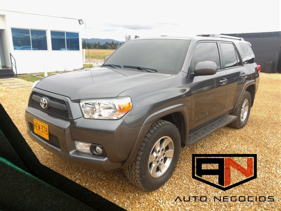 Toyota 4runner New Sr5 At 4.0l 4x4 2013