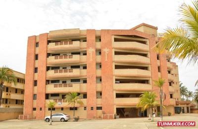 Apartamento En Tucacas, Res. Cocotero Mar Ii. Ata-316