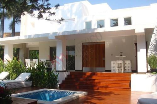 Casa En Venta, Cuernavaca, Morelos, Vista Hermosa.