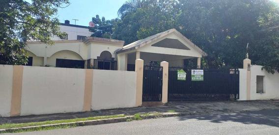 Bella Y Cómoda Casa En El Condado Autopista Duarte