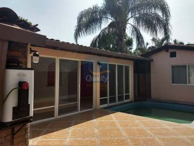 Se Vende Casa De Oportunidad (zona Centro)