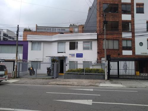 Casa En Arriendo En Bogota Chico Lago