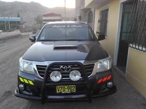 Toyota Hilux Semi Full - Sr