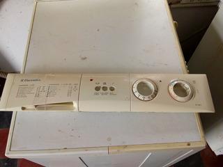 Frente Plastico De Lavarropas Electrolux Ew506