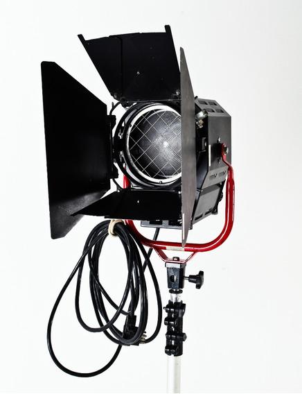 Fresnel Adaptado P/ Flash Foto Teatro Broadcast + Bag Alhva