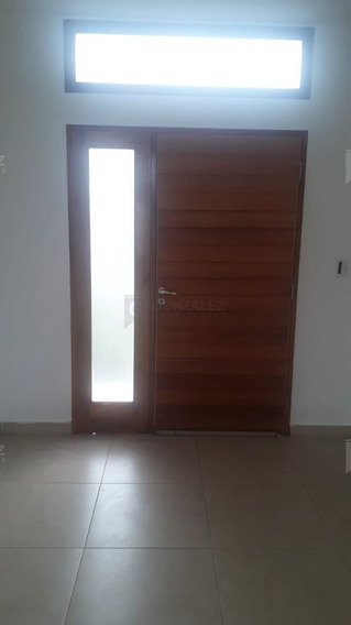 Casa En Alquiler Ubicado En Manzanares Chico, Pilar Y Alrededores