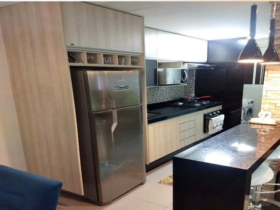 Apartamento Mobiliado 50m² 2 Dormitórios 1 Vaga, Centro
