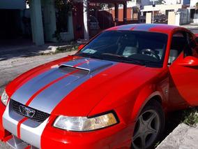 Flamante Ford Mustang 35 Aniversario