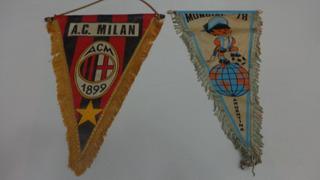 Dos Banderines Coleccionables Mundial 78 Y Milan