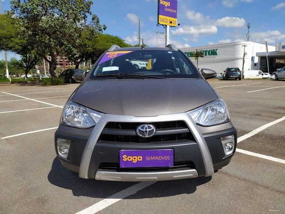 Toyota Etios Hb Cross At
